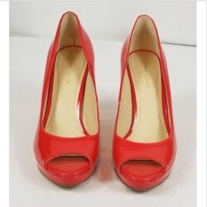 Marc Fisher Size 7 1/2 M Red Patent Leather Pumps